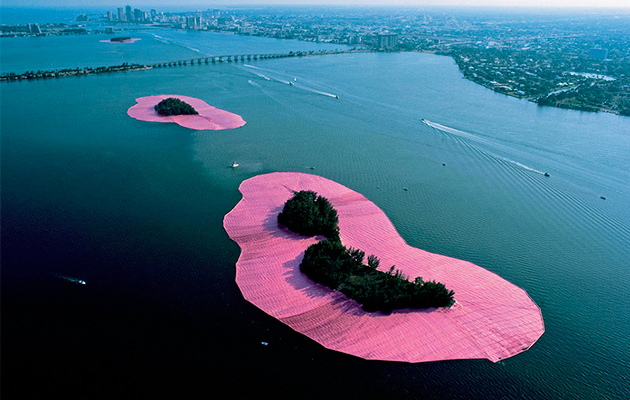 Christo et Jeanne-Claude - Surrounded Islands - Land Art