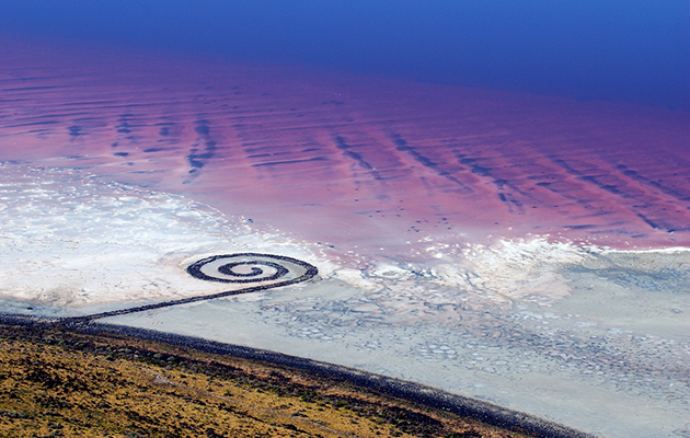 Robert Smithson - Spiral Jetty - Land Art