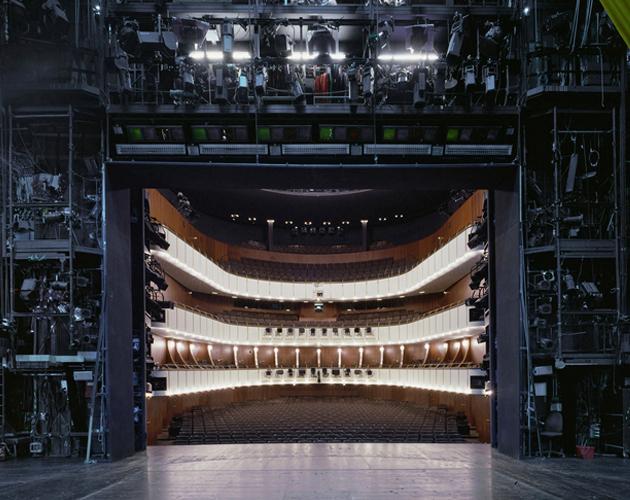 Klaus Frahm donne une nouvelle vision des coulisses des salles de théâtre dans The Fourth Wall