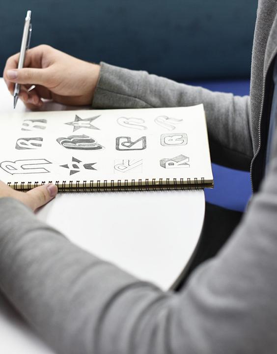 Ecole de graphisme et d'infographie sur Paris - Ecole d'arts appliquées - Comart